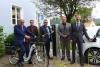 Ladesäulen für Elektroautos und -fahrräder in Deining